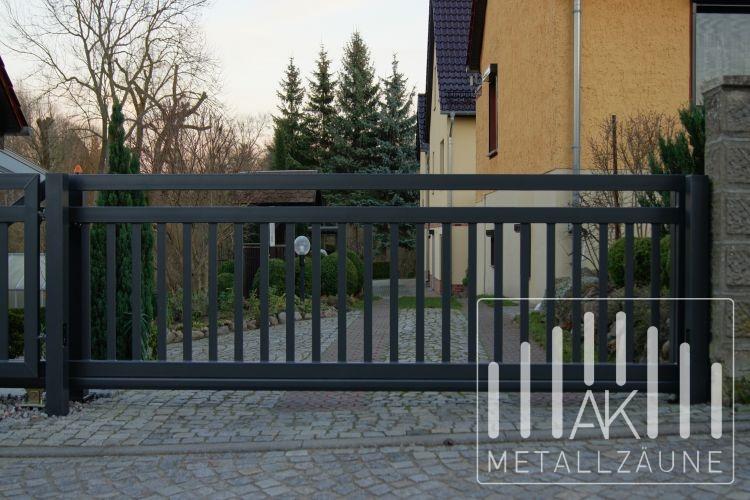 ak metal z une aus polen frankfurt modern 2. Black Bedroom Furniture Sets. Home Design Ideas